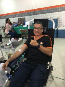 Doação de sangue de um colaborador do Ícone